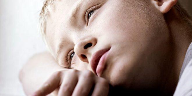 أسباب ..أعراض وعلاج إكتئاب الطفل