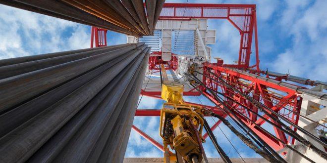 ترامب يعرب عن عدم تخوفه من استمرار ارتفاع أسعار النفط بفضل المخزونات العالمية