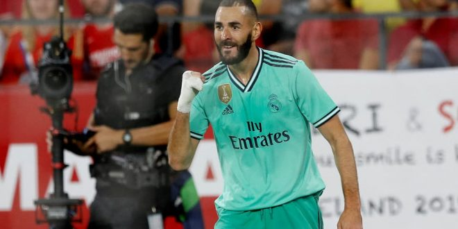 ريال مدريد يفوز على أشبيلية ويزاحم أتليتكو بلباو على صدارة جدول الدوري الإسباني لكرة القدم