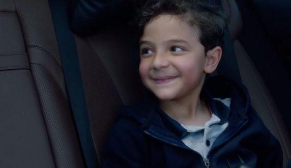 """بعد أن خطف قلوب الجماهير، هل تعرف من هو الطفل يحيي ابن دينا الشربيني في مسلسل """"لعبة النسيان"""""""