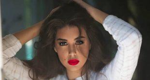ياسمين صبري تتحدى الكورونا وتسافر بطائرة زوجها الخاصة لقضاء إجازة العيد